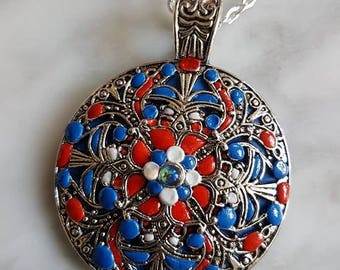 Pirate treasure pendant