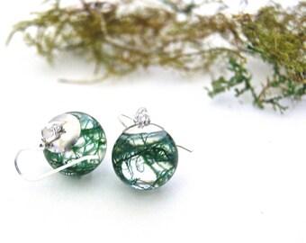 Moss Earrings. Sterling silver. Resin earrings. Moss jewelry. Nature jewellery. Forest earrings. Botanical earrings. Woodland. OCEAN PETALS