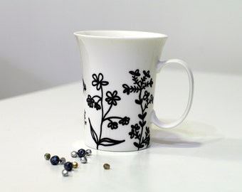 Gift for plant lover Gift for her Plants Mother's day gift Growing gift Hostess gifts Hand painted Big White porcelain mug