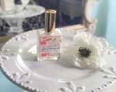 Honeysuckle Gardenia Hair Perfume - Hair Mist, Argan Hair Milk or Argan Hair Gloss - with Silk Protein and Vitamin B - 2 oz Spray Bottle