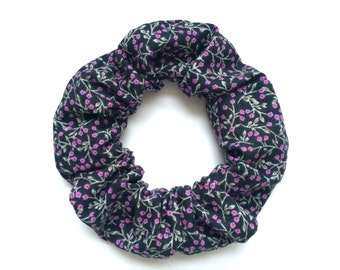 Indigo floral hair scrunchie, purple flowers, navy purple scrunchie, cotton scrunchies, floral scrunchy, blue and purple, dark blue scruncie