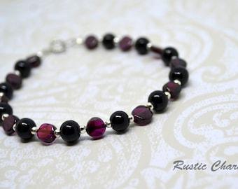 Garnet stone and Black Glass Pearl Bracelet