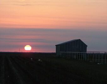 rural Texas photography..  Sunrise on Morris Barn
