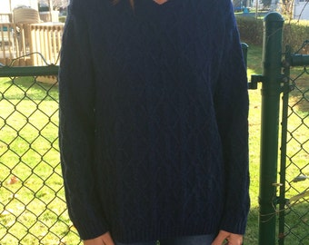navy blue 100% Wool cable knit pullover sweater womens medium size 10-12