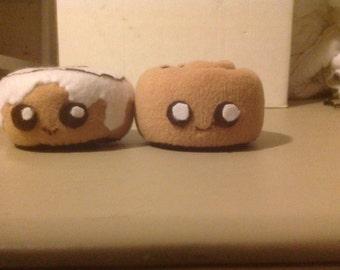 Cinnamon Roll Plushies