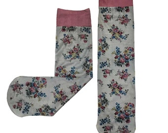 Vintage Bouquet Print Socks
