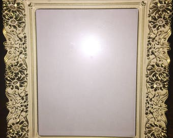 Vintage Victorian shabby chic gold painted picture frame with stand