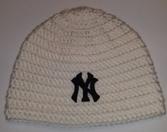 New York Yankees Baseball Beanie **black Yankees patch**