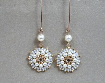 Long pearl earrings. Pearl bridal earrings, Pearl wedding earrings, Swarovski pearl earrings, Pearl dangle earrings, bridal earrings gold