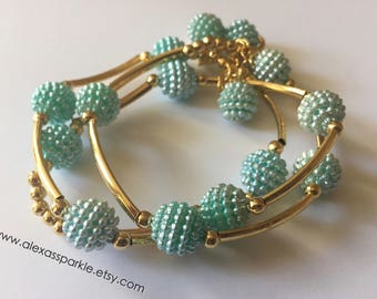 SALE: Cyan blue honeycomb bracelet set with goldplated connectors/ Pulseras panal color azul pastel con separadores de chapa de oro