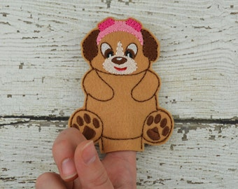 Skye Felt Finger Puppet - Pretend Play - Party Favors - Birthday - Paw Patrol - Travel Toy - Quiet Game - Quiet Play