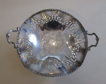 SHEFFIELD SILVER PLATE Bowl with Handles
