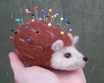 Hedgehog pin cushion - Needle felted hedgehog - sewing accessories