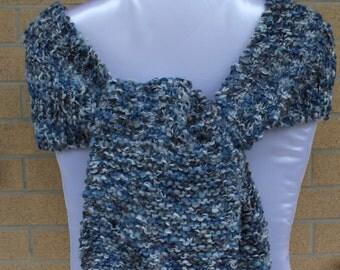 Sciarpa in soffice lana grossa, sciarpa lunga lavorata a maglia, knitted scarf, accessori invernale, regalo per lei, handmade, made in Italy