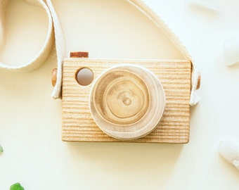 Wood Camera - Pretend Play - Imagination play - Wooden Toy Camera