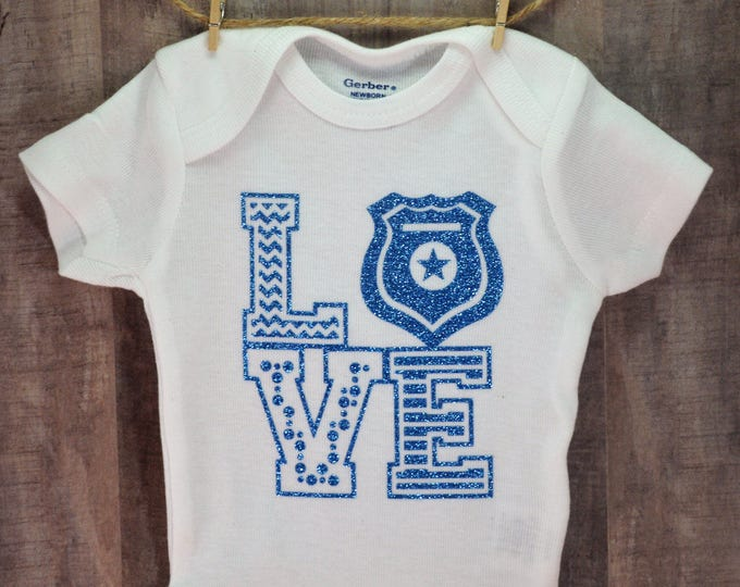 Love Police Shield One-Piece Baby Shower Birtdhay Gift Idea Infant Toddler Creeper Bodysuit Cute Shirt Coming Home Outfit Back The Blue