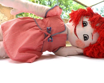 Baby girl red,karo dress/Birthday gift dress/6months to 3years old kid/Blue chest bow and small white,red flowers/1year old cloth doll.
