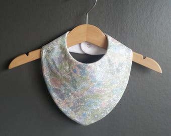 Baby Bandana Dribble Bibs in a beautiful Liberty of London cotton print. 100% cotton absorbing reverse.