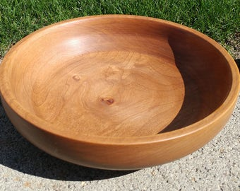 Lathe-turned Alder bowl
