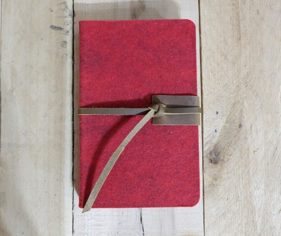Wool and Leather Sketchbook - Medium - Red