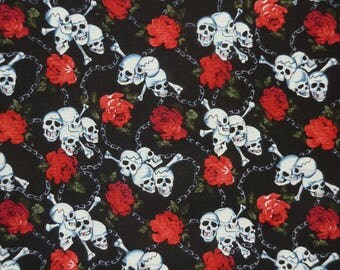 Skull Rose and Chains Fat Quarter – 100% Cotton