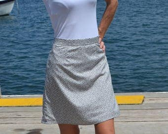 Grey and white patterned chiffon skirt - fully lined. 'Anita'