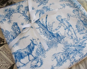 Vintage French Blue and White //  Toile de Jouy  \\ Cotton Fabric 1950's  Made in PARIS.  Different sizes available