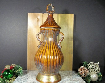 Vintage, Jim Beam, Collectible Decanter, Ribbed, Brown and Blue Glaze, Twist Off Cap, Genuine Regal China, 1979,