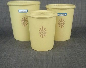 Retro Tupperware 3 nesting canisters containers Harvest # 807