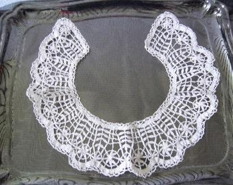 Crochet lace collar Clothes embellishment French vintage French décor- col au crochet