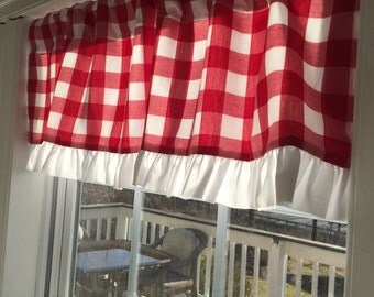 Gingham Valance with Ruffle
