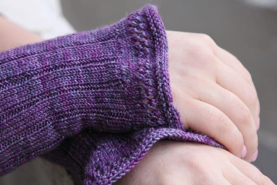 Knitting Pattern, Frilly, Cuffs, Wrist Warmers, Fingerless Gloves, Mittens, C...