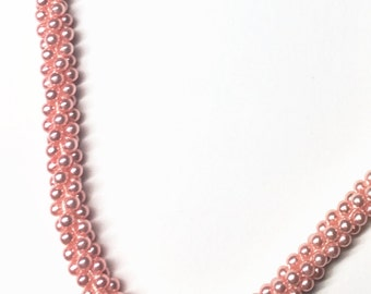 1950s Pink Twisted Pearl Necklace
