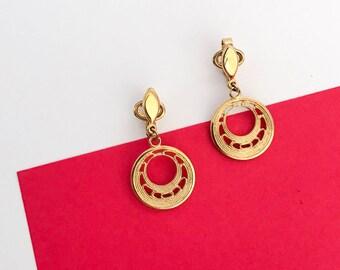TRIFARI petite earrings with filigree hoops (1970s)