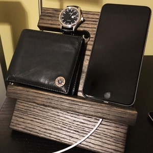 miniature night stand oak wood valet iphone galaxy charging. Black Bedroom Furniture Sets. Home Design Ideas