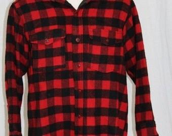 On Sale Vintage 80s WOOLRICH Red Black Plaid LUMBERJACK Wool Retro Camp Shirt Jacket M