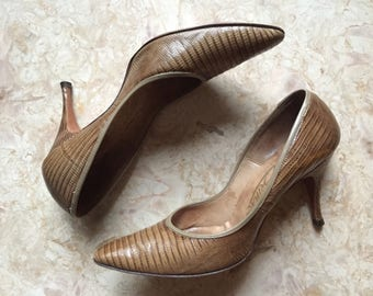 Vintage 50s Brown Snakeskin Embossed Leather Pumps • Vintage High Heels • Size 5