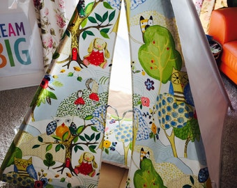 Beautiful Teepee, wigwam, childrens play tent, Nature trail themed fabric+ cushion cover