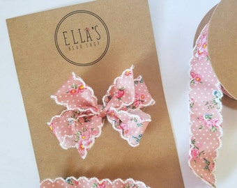 Ella's vintage rose bow