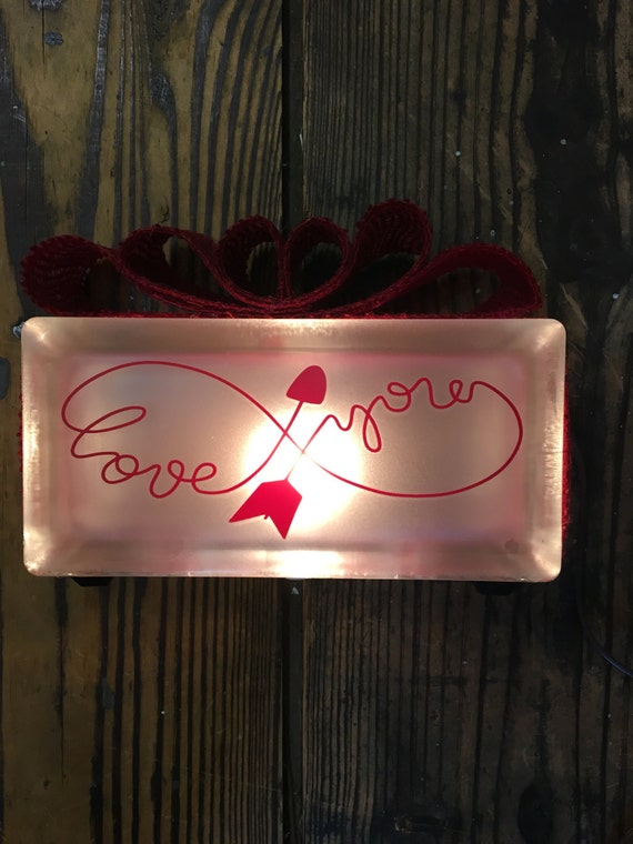 "Eternity ""love you"" knot 8""x4""x3"" lighted glass block"