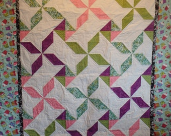 birthday quilt, cupcake quilt, twin size quilt, homemade quilt, blue and pink quilt, lap quilt