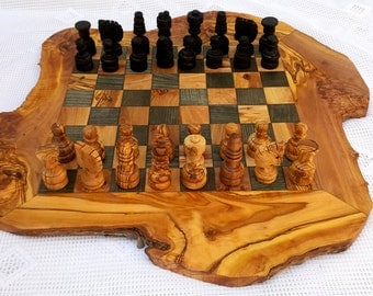 Large Olive Wood Rustic Chess Board with 32 Chess pieces