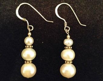 Mini Pearl-like Dangle Earrings