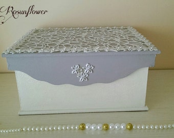 Jewelry boxe handmade / Box white and grey, decorated with daisies/ gift idea