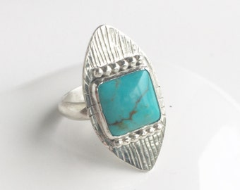 Turquoise ring.  Statement ring.  Shield ring. Handmade ring.  Turquoise and silver ring.