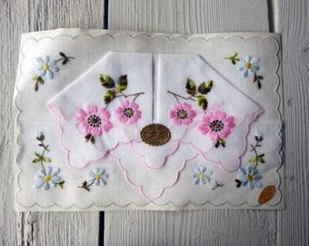 Set of Vintage Handkerchief Made in Switzerland (Ref: A-M-86 Box 1)