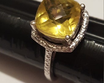 Sterling silver Yellow Stone Statement Ring Size 7 1/2
