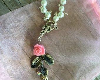 Pearl & rose car rosary