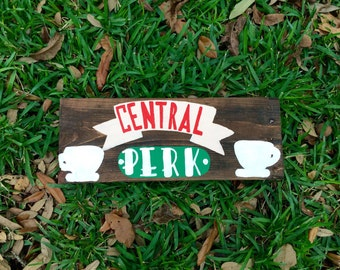 friends tv show central perk sign, wood pallet art, wood pallet sign, coffee bar sign, coffee sign