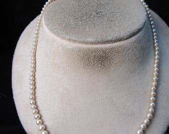 Vintage Rhinestone Clasped Graduated Off White Faux Pearl Necklace